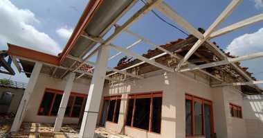 Angin Puting Beliung Rusak Sejumlah Rumah di Tana Toraja
