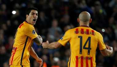 Suarez: Bertahan di Barcelona, Mascherano!