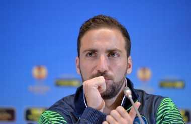 Juventus Setuju Beli Higuain dengan 94 Juta Euro