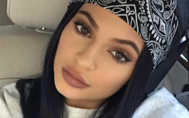 Ini Warna Lipstik yang Tak akan Pernah Dirilis Kylie Jenner