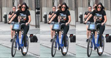 Main Sepeda, Kendall Jenner Polos Tanpa Make-Up