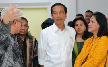 Agar Tak Terlihat Kurus, Jokowi Kerap Perbesar Bajunya