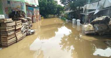Kerugian Banjir di Anyer Ditaksir Mencapai Puluhan Miliar Rupiah