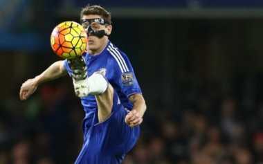 Matic Tidak Terganggu dengan Kehadiran Kante di Chelsea