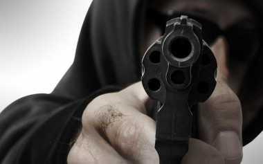 Ingin Bacok Polisi, Kawanan Maling Ditembak