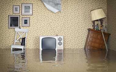 Banjir Anyer, Warga Khawatir Pencemaran Limbah Industri
