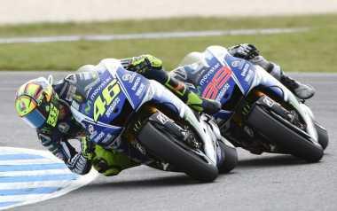 Marquez Tak Paham soal Keterpurukan Rossi dan Lorenzo