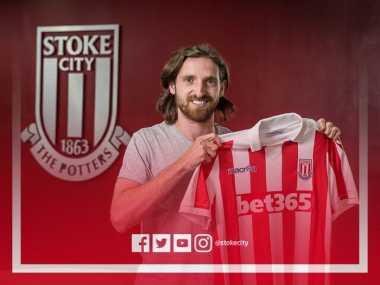 Joe Allen Resmi Gabung Stoke City