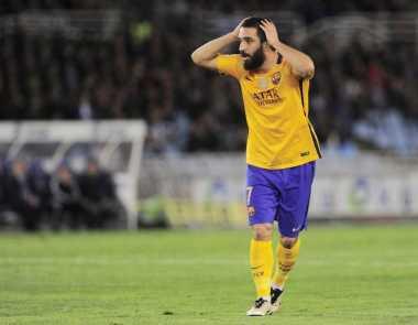 Besiktas Kembali Incar Pemain Barcelona