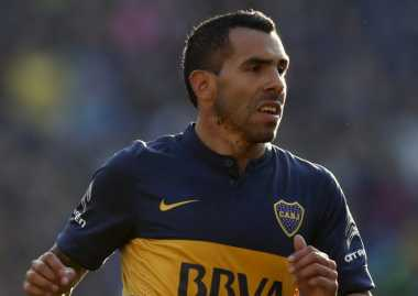 Tepis Kabar Gabung Napoli, Tevez: Saya Bertahan di Boca!