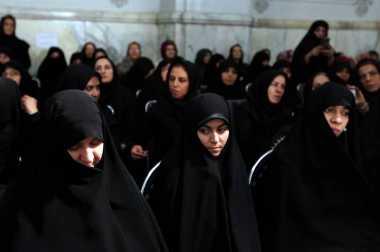 Anggap Pesta Ulang Tahun Tidak Islami, 150 Muda-mudi Iran Ditahan