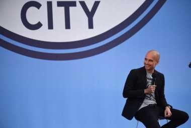 Latih Manchester City, Guardiola Tak Bisa Lepas dari Tiki-Taka