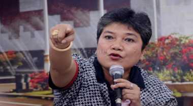 Ribka Tjibtaning: Kabinet Jokowi Representasi Orba dan Neolib