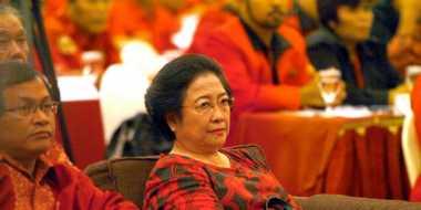 Megawati Tolak Ajakan Foto Setya Novanto di Rapimnas Golkar