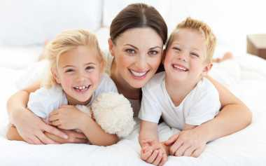 TOP FAMILY 2: Tips Menjadi Orangtua Teladan yang Menginspirasi Anak