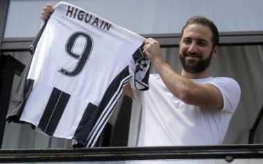 Bersama Higuain, Juve Berpeluang Besar Juarai Liga Champions