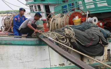 Polda Kepri Amankan Kapal Bermuatan Puluhan Ton Arang Bakau