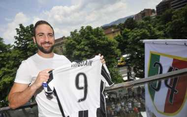 Datangkan Higuain, Juventus Tambah Memonopoli Perburuan Juara Serie A