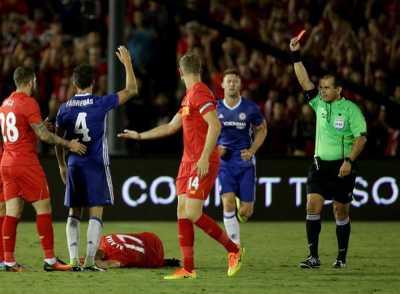 Fabregas Kunjungi Ruang Ganti Liverpool untuk Minta Maaf