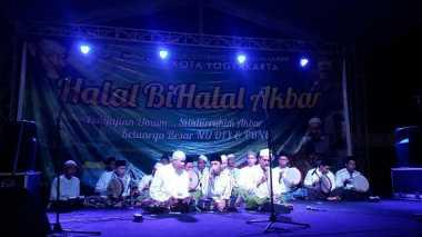 Menanti Ketum PBNU, Selawat Iringi Pengajian Akbar di Yogyakarta