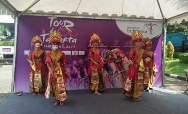 Tarian Topeng Betawi Meriahkan Tour de Jakarta 2016