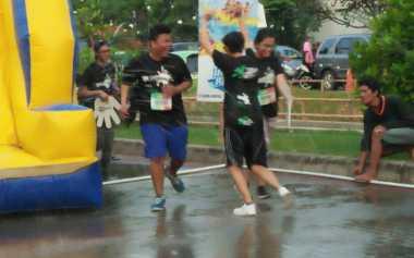 Ini Tantangan Seru yang Harus Dihadapi Peserta Splash Run di Ancol
