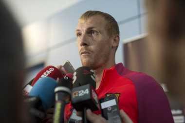 Tolak Besiktas, Jeremy Mathieu Pilih Bertahan dengan Barcelona