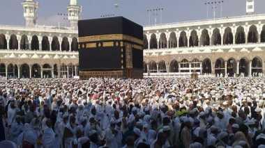 Jumlah Jamaah Haji Sandal Jepit Diprediksi Menurun Tajam
