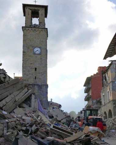 Jam Kota Mati Tunjukkan Waktu Gempa Guncang Italia