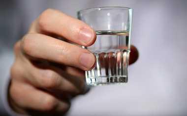 Segudang Manfaat Vodka untuk Kecantikan