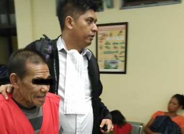 Tak Terima Arena Judi Digerebek, Kakek 61 Tahun Pukul Polisi hingga Jatuh