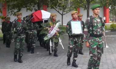 Keluarga Tolak Praka Wahyudi Disemayamkan di Makam Pahlawan