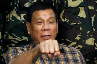 Duterte Beri Perintah Pemusnahan Abu Sayyaf