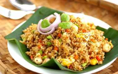 Nasi Goreng Istimewa, Resep Praktis Menu Makan Malam