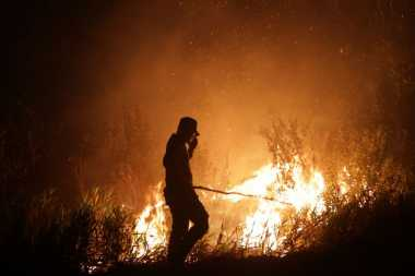 Dipole Mode dan La Nina Bantu Turunkan Titik Api di Indonesia