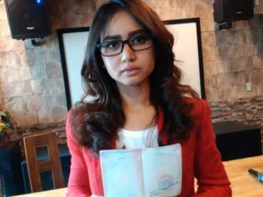 Wanita Cantik Asal Medan Dilarang ke Malaysia Seumur Hidup