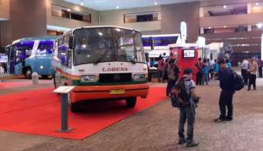 Bus Mercedes Benz di Indonesia Tak Masalah Diisi Solar Biasa