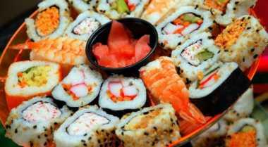 TOP FOOD 2: 5 Bukti kalau Sushi Bukan Makanan Sehat
