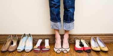 Menghindari Kaki Pegal, Ini 5 Tips Memilih Sepatu yang Nyaman