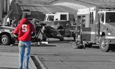 Truk Pengangkut Orang Kecelakaan di Tol, Dua Tewas