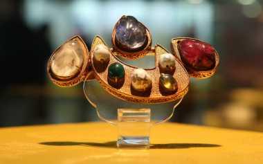 Perhiasan Bergaya Etnik Banyak Diminati Wanita Kelas Atas