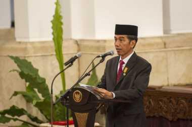 Jokowi Lantik Hasyim Asy'ari Jadi Anggota KPU