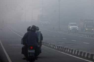 Kabut Asap di Pekanbaru Menebal, Jarak Pandang 800 Meter