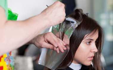 TOP FASHION 1: Trik agar Rambut Tak Rusak Setelah Diwarnai