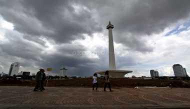 Cuaca Jakarta Pagi Berawan, Siang hingga Malam Diprediksi Hujan