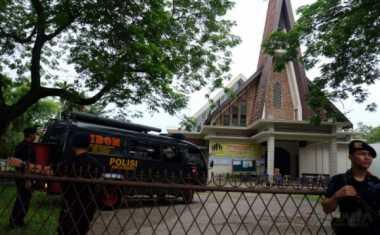 Orangtua Tersangka Bom Gereja St Yosep Kembali Diperiksa Polisi