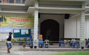 Keluarga Tersangka: Usut Otak Pelaku Teror Bom Medan!