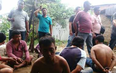 Gerebek Kampung Narkoba, Polisi Sampai Bergumul di Sawah