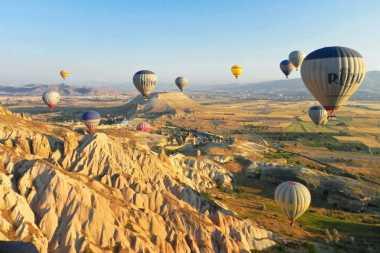 5 Negara Miliki Panorama Terbaik dari Balon Udara