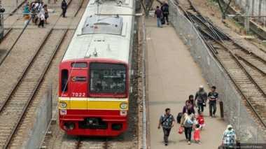 KRL Anjlok di Stasiun Jakarta Kota, Seluruh Penumpang Selamat